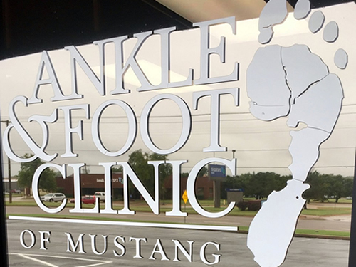 Podiatrist Office in Mustang, OK